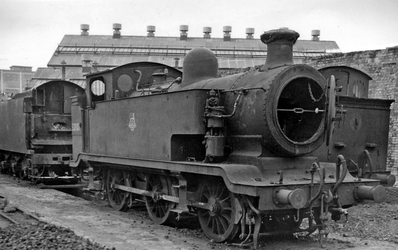 Billinton designed 0-6-0 E2 Class | The Charlie Neumann ...